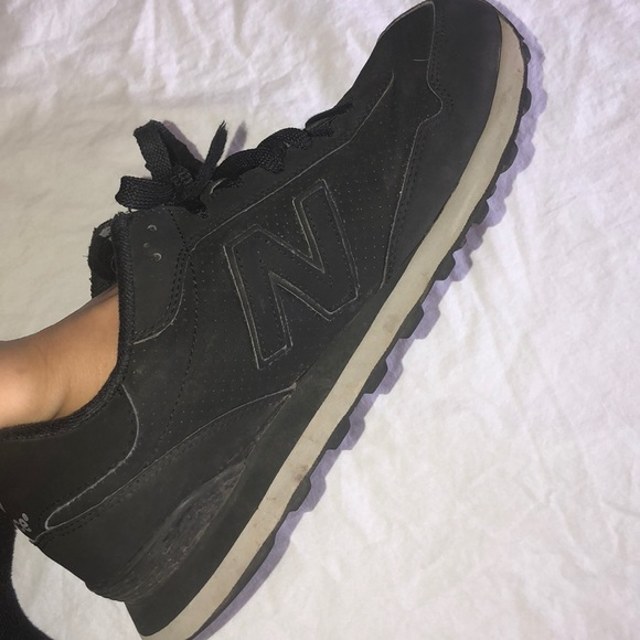 ALL BLACK New Balance Sneakers BRAND NEW